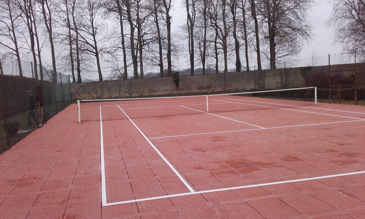 Terrain de tennis Clerdal à Arnouville entretenu par Tennis Multi Services