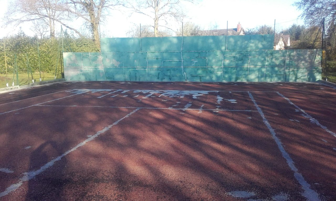 renovation-court-tennis-beton-poreux-la-chapelle-viel-avant