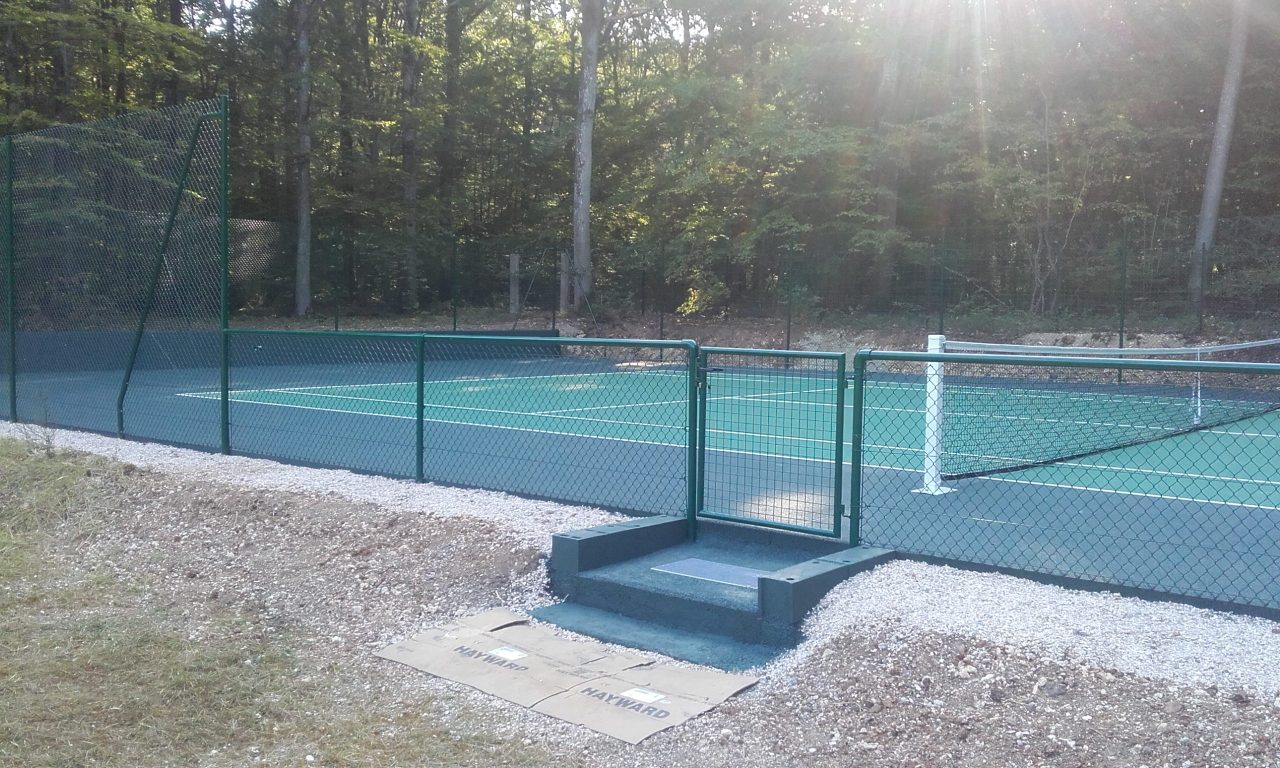 tennis-beton-poreux-final-cote-menille